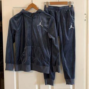 Jordan Velour Sweatsuit Size Youth M/L Blue